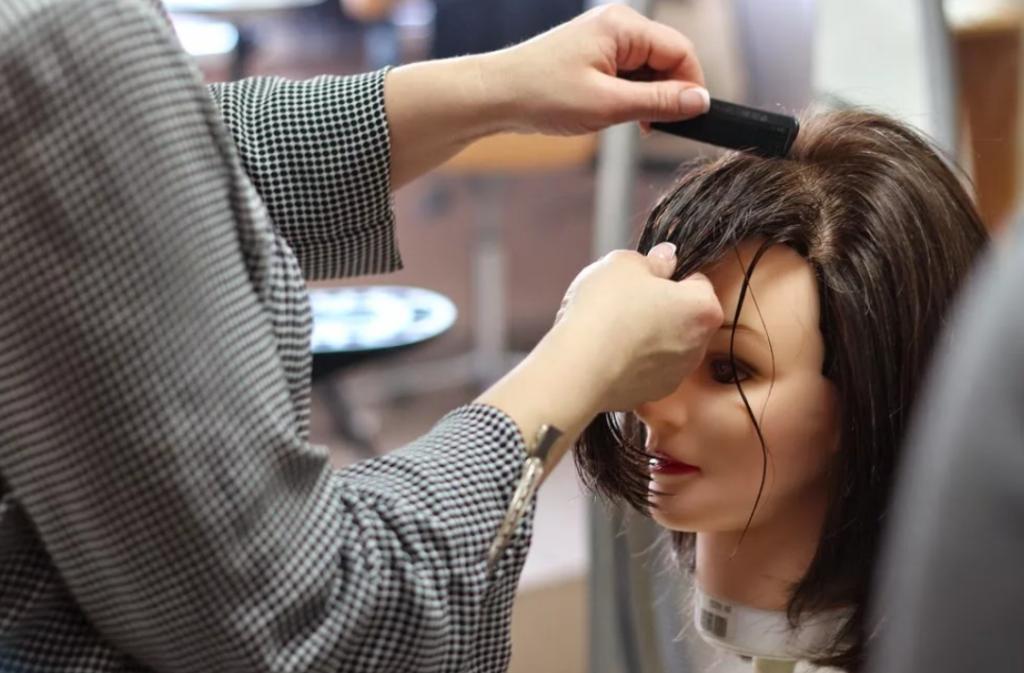 akademiya-parikmakherskogo-iskusstva-hairdresser-academy